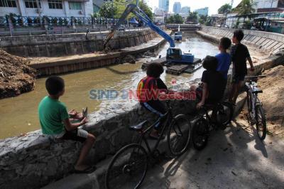 Antisipasi Banjir, Pemprov DKI Akan Terus Lakukan Normalisasi Sungai