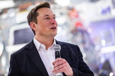 Harta Elon Musk Turun Rp378 Triliun dalam Seminggu
