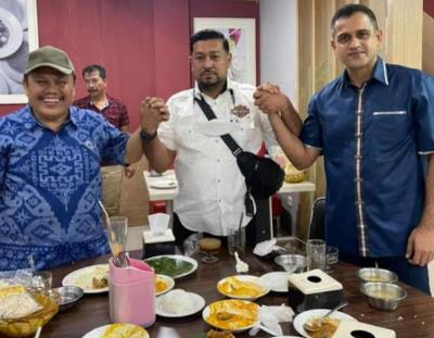 Viral Foto Nazaruddin-Jhoni Allen di Restoran, Sosok Orang Ketiga Disorot
