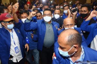 """Didesak Mundur dari KSP, Moeldoko Diminta Jangan Hiraukan """"Penumpang Gelap"""""""