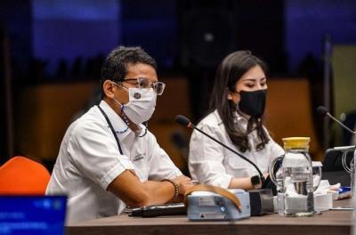 Ajak Jajarannya Bangun Motivasi Publik, Sandiaga Uno: Sudah Setahun Bersedih