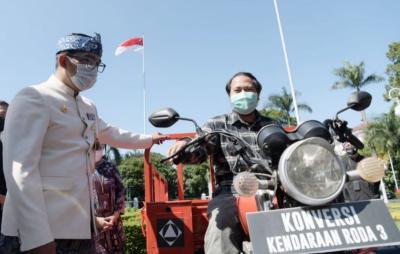 Ridwan Kamil Dorong Peneliti & Mahasiswa Riset Kendaraan Listrik