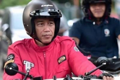 Banyak Dipalsukan, Seperti Ini Ciri Helm Retro Cargloss Asli yang Dipakai Jokowi
