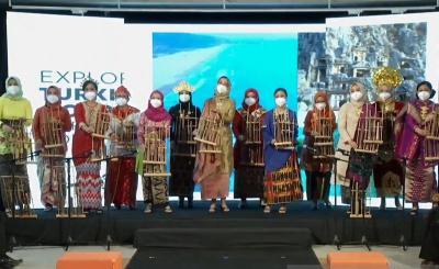 Nonton Pertunjukan Angklung di Turki, Mata Istri Erdogan Berkaca-kaca