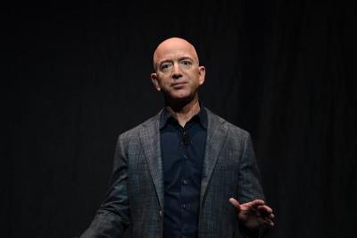 Jeff Bezos, Elon Musk dan Bill Gates Puncaki Daftar Orang Terkaya di AS