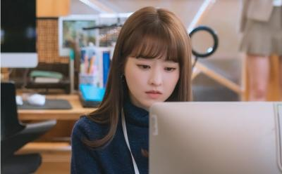 2 Tahun Tak Main Drama, Park Bo Young Khawatir Syuting Doom at Your Service