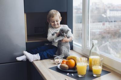 Benarkah Hewan Peliharaan Bagus untuk Perkembangan Anak? Ini Jawabannya