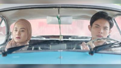 Intip Penampilan Rey Mbayang dan Dinda Hauw di Film Cinta Subuh