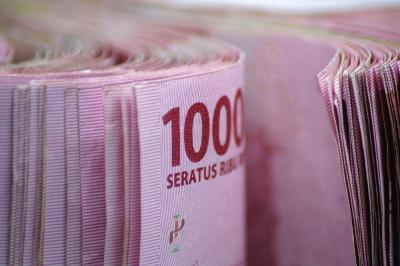 Rupiah Terpuruk Dekati Rp14.600 USD Tertekan Pemulihan Ekonomi AS