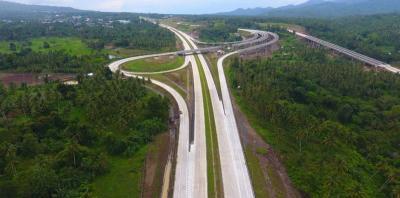 Patungan, Proyek Jalintim Riau Rp585,3 Miliar Akhirnya Diteken