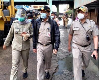 Cek Lokasi Kebakaran Pasar Minggu, Plt Wali Kota Jaksel Minta Pedagang Tak Mendekat