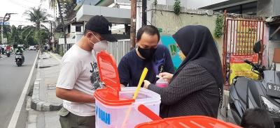 Raup Cuan dari Jualan Takjil di Jalan Jaksa dan Sabang