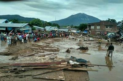 Banjir Bandang Terjang NTT, Waspadai Munculnya 5 Penyakit Ini
