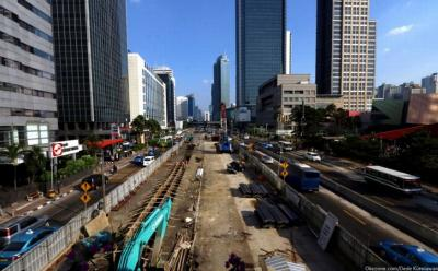 Proyek MRT Fase 2 Capai 12,58 Persen, Pos Polisi Merdeka Barat Dibongkar