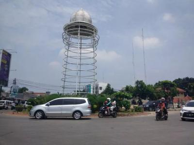Disebut Mirip Toren Air, Tugu Pamulang Kini Dipagari Seng