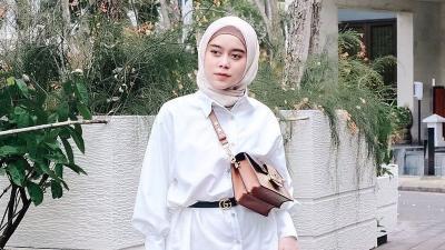 4 Gaya Hijab Lesty Kejora yang Fashionable, Bisa Jadi Inspirasi!