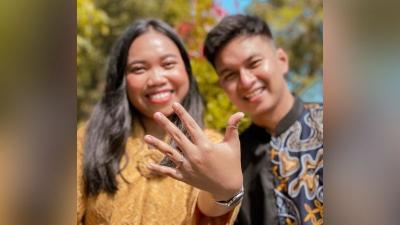 Gelar Pernikahan Sederhana, Mumuk Gomez Pikirkan Kehidupan Usai Menikah