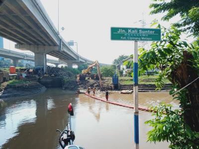 Cipinang Melayu Banjir hingga 1 Meter, Ketua RT: Sudah Biasa