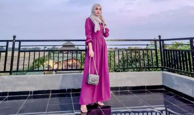 Cantiknya Sherin Oviani Zahniar, Pramugari Berhijab yang Bikin Semangat Puasa