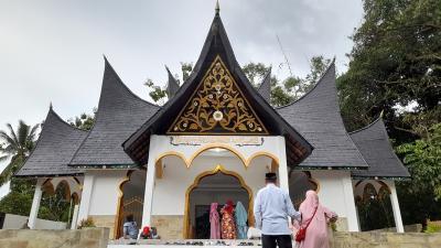 Berziarah ke Makam Tuanku Imam Bonjol, Ulama Pemberani yang Diasingkan Belanda
