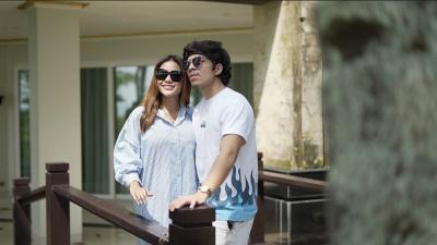 Harmonisnya Sahur Perdana Aurel dan Atta sebagai suami-istri