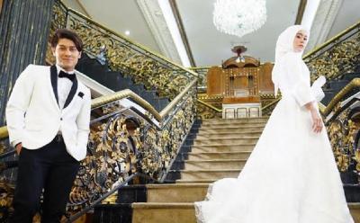 Deretan Gaya Rizky Billar dan Lesti Kejora bak Pangeran dan Princess