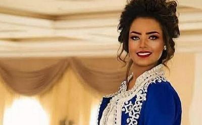 4 Potret Cantik Entesar Al-Hammadi, Model sekaligus Artis Yaman yang Ditahan Houthi