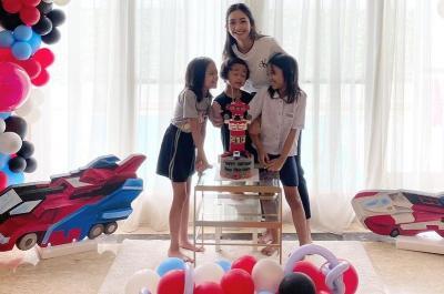 Ririn Dwi Ariyanti Unggah Foto Perayaan Ultah Anak, Netizen: Kok Papanya Enggak Ada?