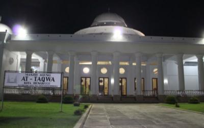 3 Masjid Indah di Bengkulu Bikin Traveler Terpukau