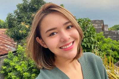 Amanda Manopo Unggah Foto sedang Salat, Netizen: Semoga Mualaf
