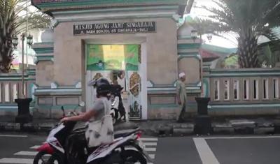 Bubur Arab Jadi Hidangan Andalan Berbuka Puasa Masjid di Bulelang Bali