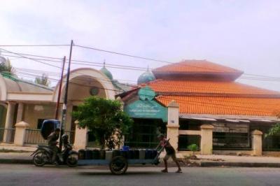 Kisah Makam Habib di Masjid Kampung Bandan yang Membuat Tiang Penopang Jalan Layang Ambruk