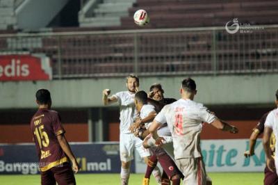 Persija Jakarta vs PSM Makassar: Siapa Pengganti Peran Marco Motta?