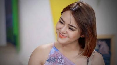 Amanda Manopo Pakai Dress Rp400 Ribu, Netizen: Tetap Terlihat Mahal