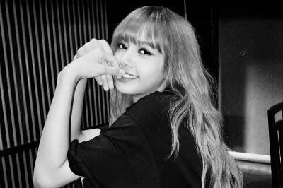 YG Tanggapi Rencana Perilisan Album Solo Lisa BLACKPINK