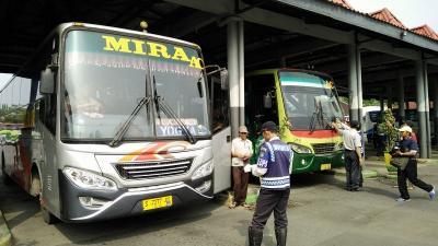 Kapan Aturan Transportasi Dilarang Beroperasi saat 6-17 Mei Terbit?