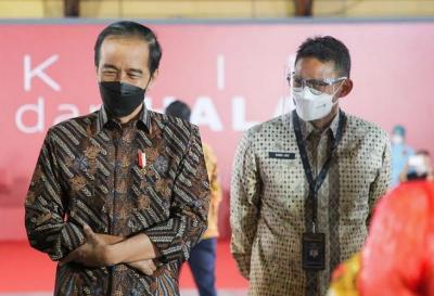Sandiaga Uno Targetkan 70% Pelaku Parekraf Sudah Divaksin dalam Setahun