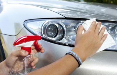 Kaca Lampu Mobil Kerap Berembun Saat Hujan, Ini Penyebabnya