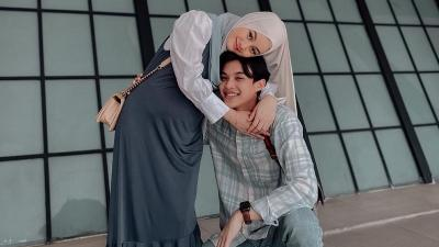4 Gaya Rey Mbayang dan Dinda Hauw, Inspirasi Outfit Ramadhan Serasi Bareng Pasangan