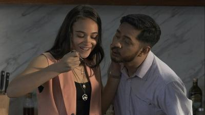 Penampilan Perdana Keluarga Slamet, Adaptasi Film Badhaai Ho