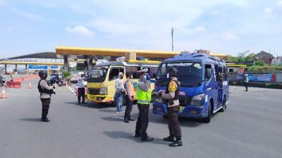 Mudik Dilarang, Pengusaha Otobus: Banyak yang Rela Didenda demi Bisa Jalan