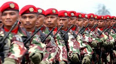 Operasi Senyap Kopassus Jalan Kaki Ratusan Km saat Puasa di Rimba Kalimantan