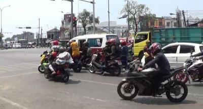 Kangen Kampung, Pemudik Curi Start Lewat Jalur Pantura Bekasi
