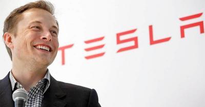 Kecelakaan Mobil Tesla, Harta Elon Musk Turun Rp87 Triliun