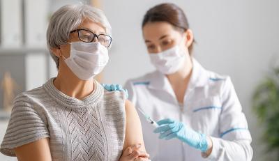 Pemerintah Ingatkan Masyarakat Prioritaskan Vaksinasi Covid-19 bagi Lansia Jelang Lebaran