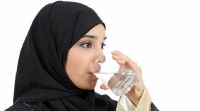 Pentingnya Penuhi Kebutuhan Cairan Tubuh Selama Puasa Ramadhan