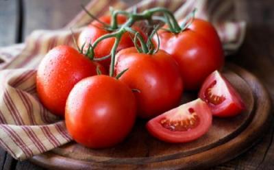 Kenali 3 Manfaat Tomat, Lawan Kanker hingga Perbaiki Mata
