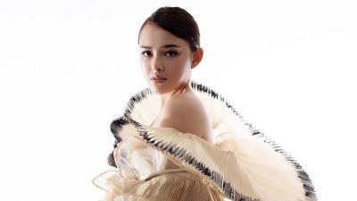 Pesona Amanda Manopo Kenakan Gaun Merekah, Netizen: Bidadari Itu Nyata