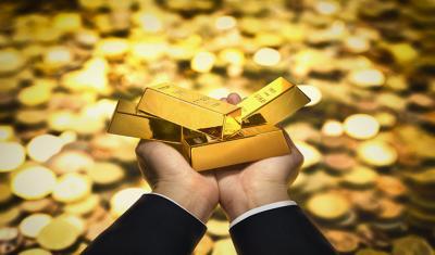 Harga Emas Rebound Usai Imbal Hasil Obligasi AS Menurun