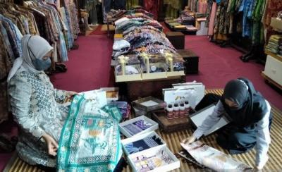 Berkah Ramadan, Pengrajin Batik Tulis Kudus Mulai Kebanjiran Pesanan